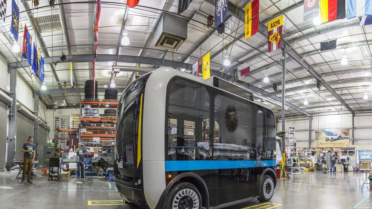 Про 3D мікроавтобус Olli